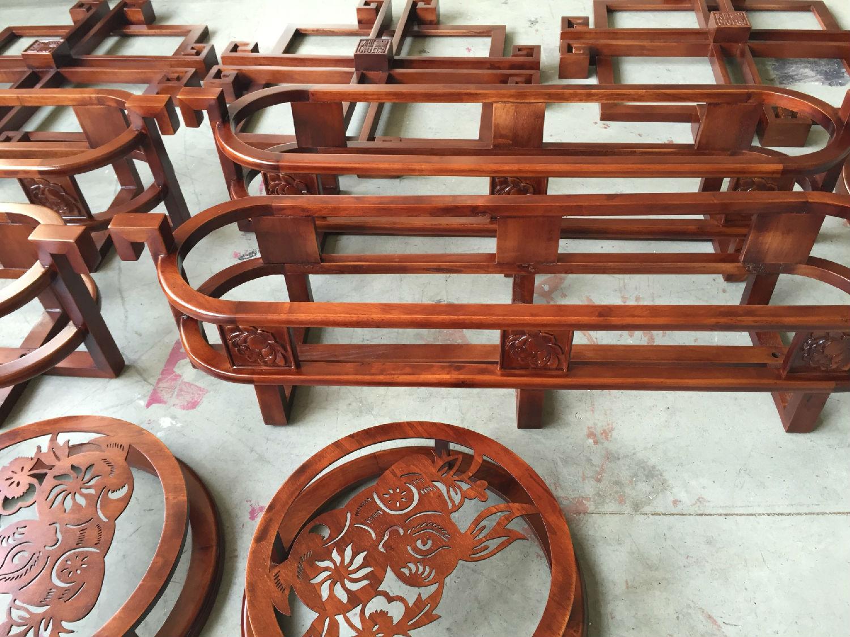 红木画框怎么选家具漆品牌,堡润家具漆厂家的油漆值得信赖!